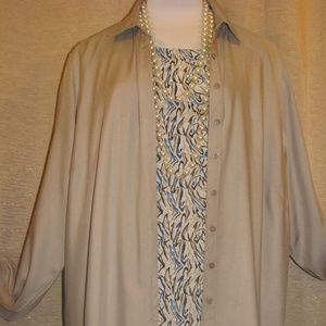 Blouse & top NWT artsy 2PC flattering styles NEW